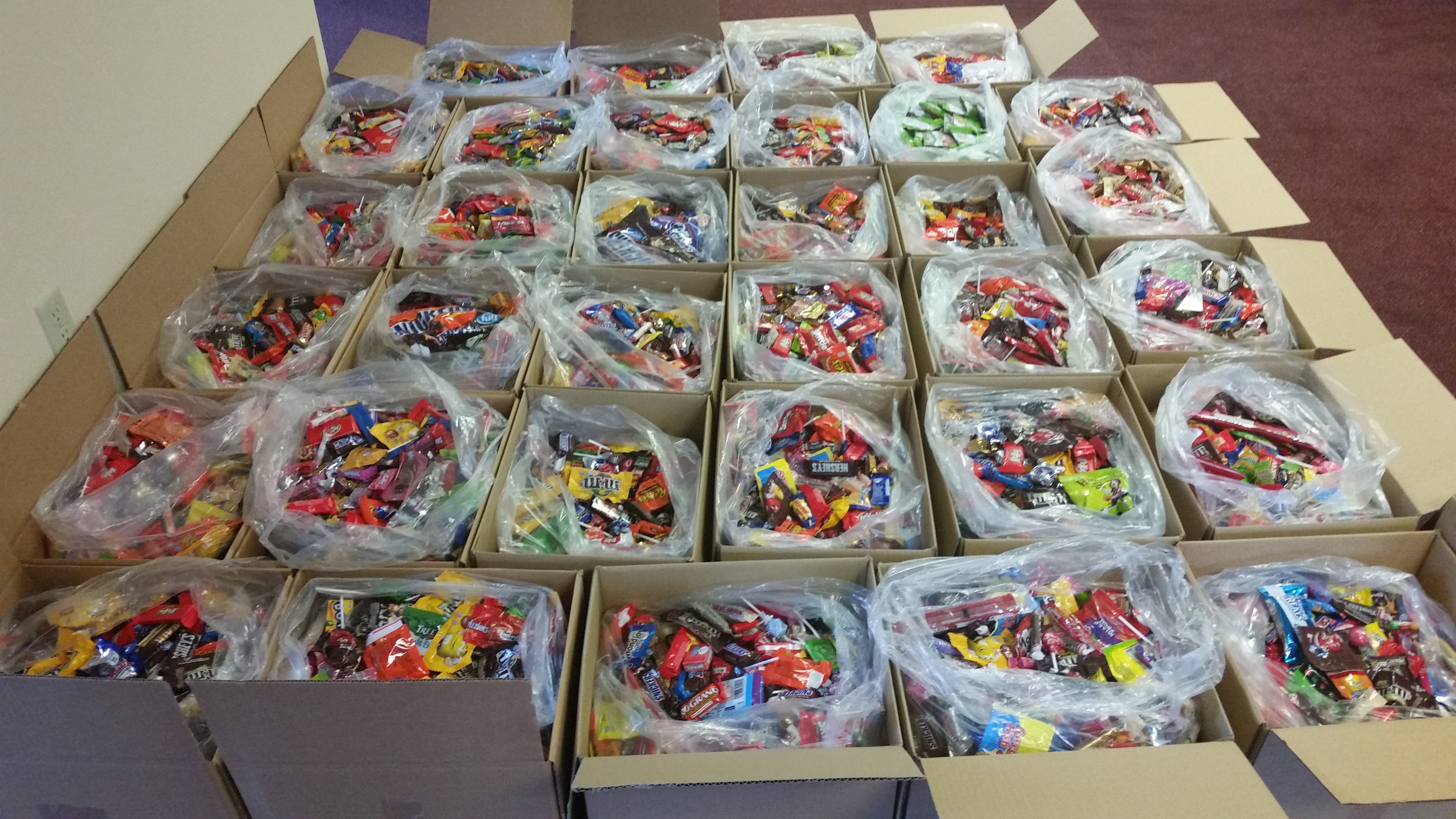 Gentech Dentist collected 821 pounds of candy this Halloween!